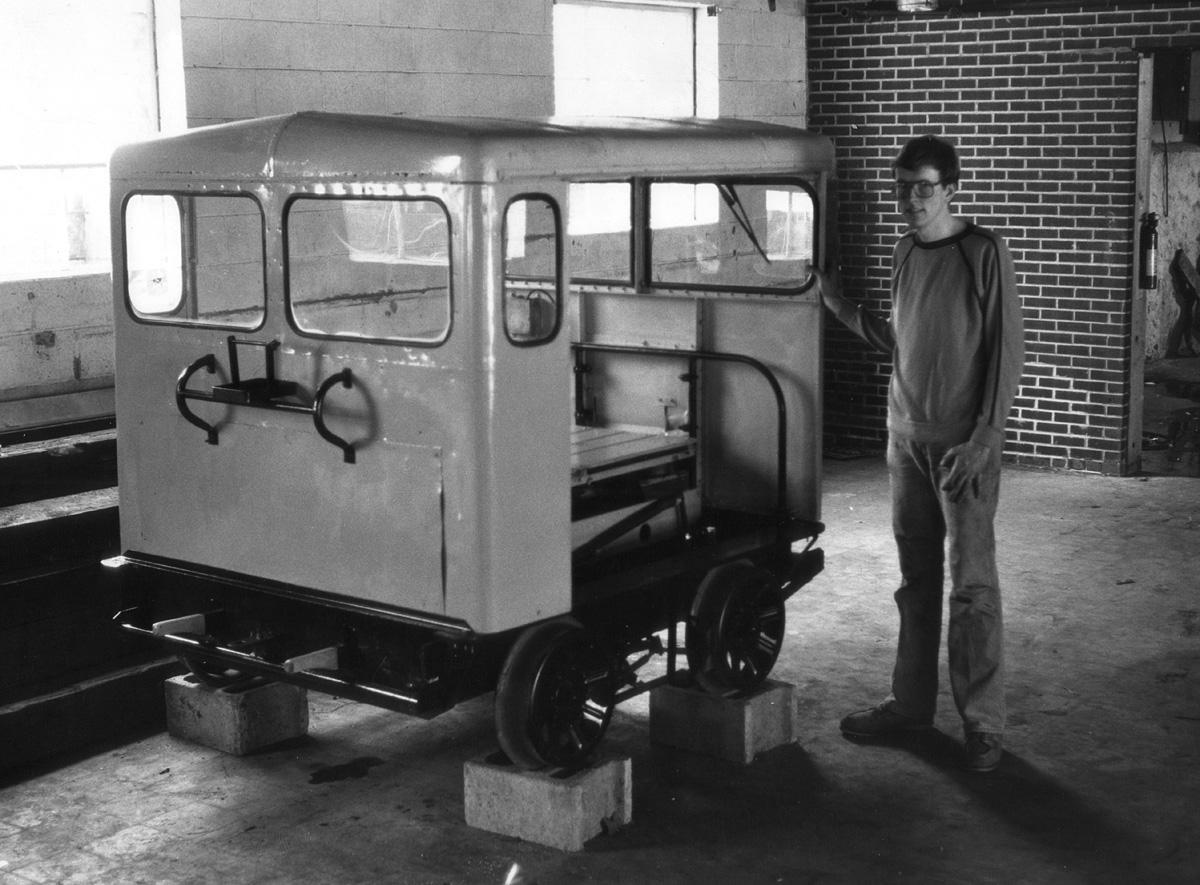 MT-14 motor car