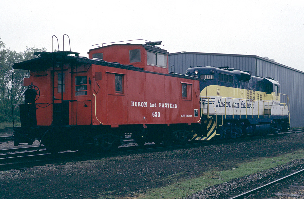 HESR 101 and caboose