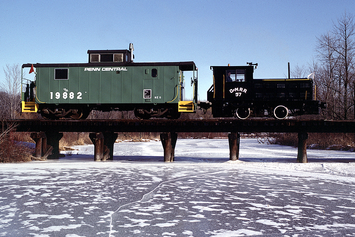 SMRS train in winter