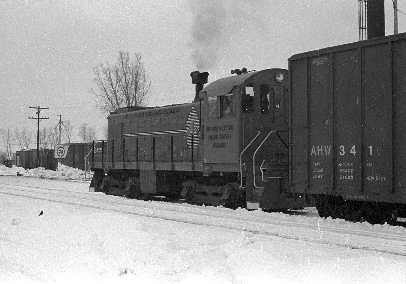 Ann Arbor #7 switches Ottawa yard