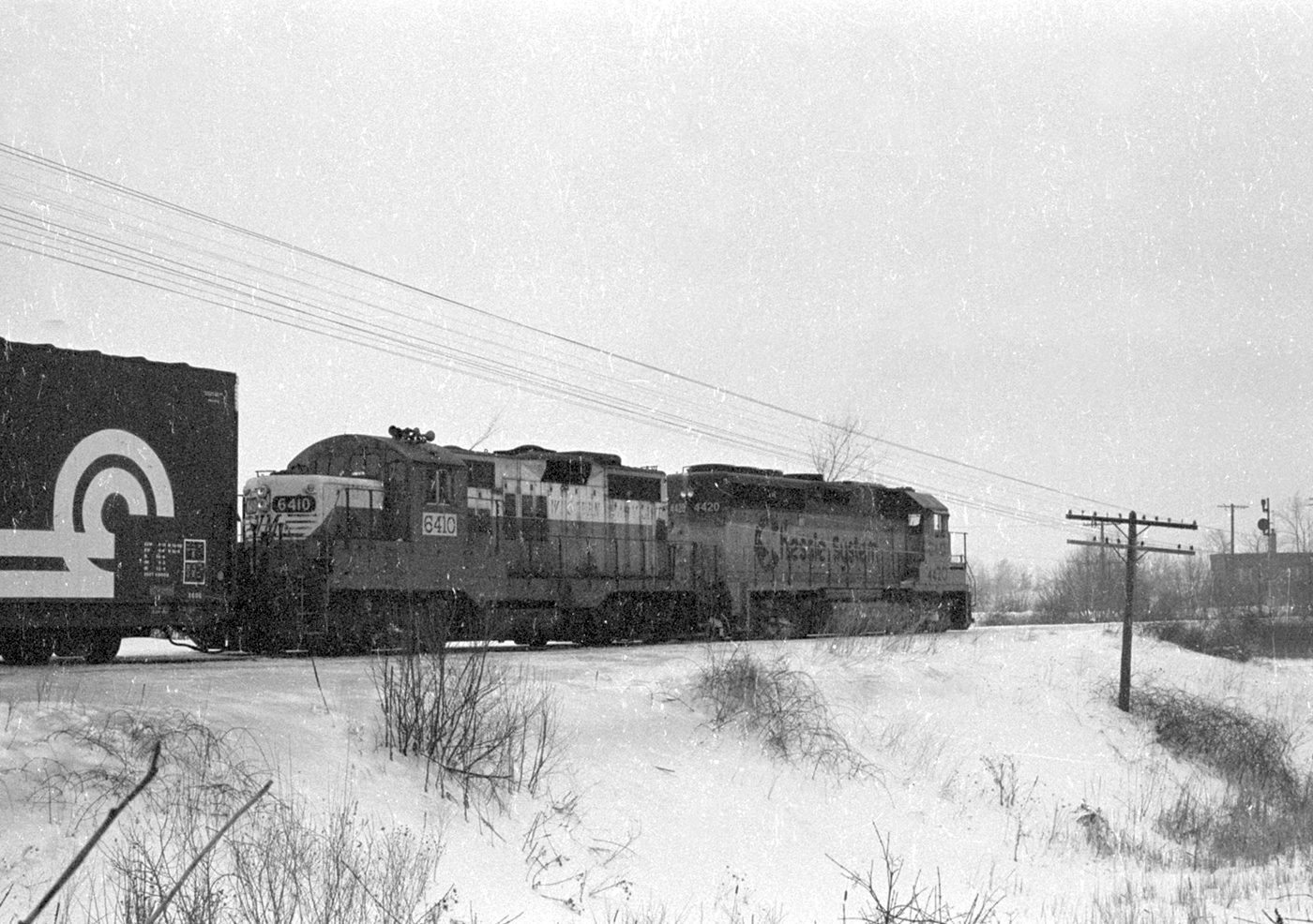 Northbound Chessie train near Alexis