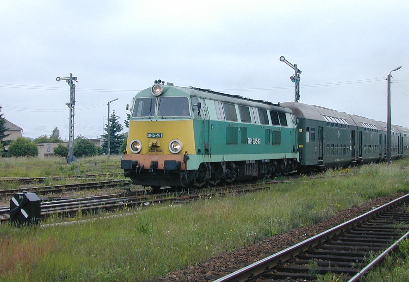 SU45-161 departs Czersk