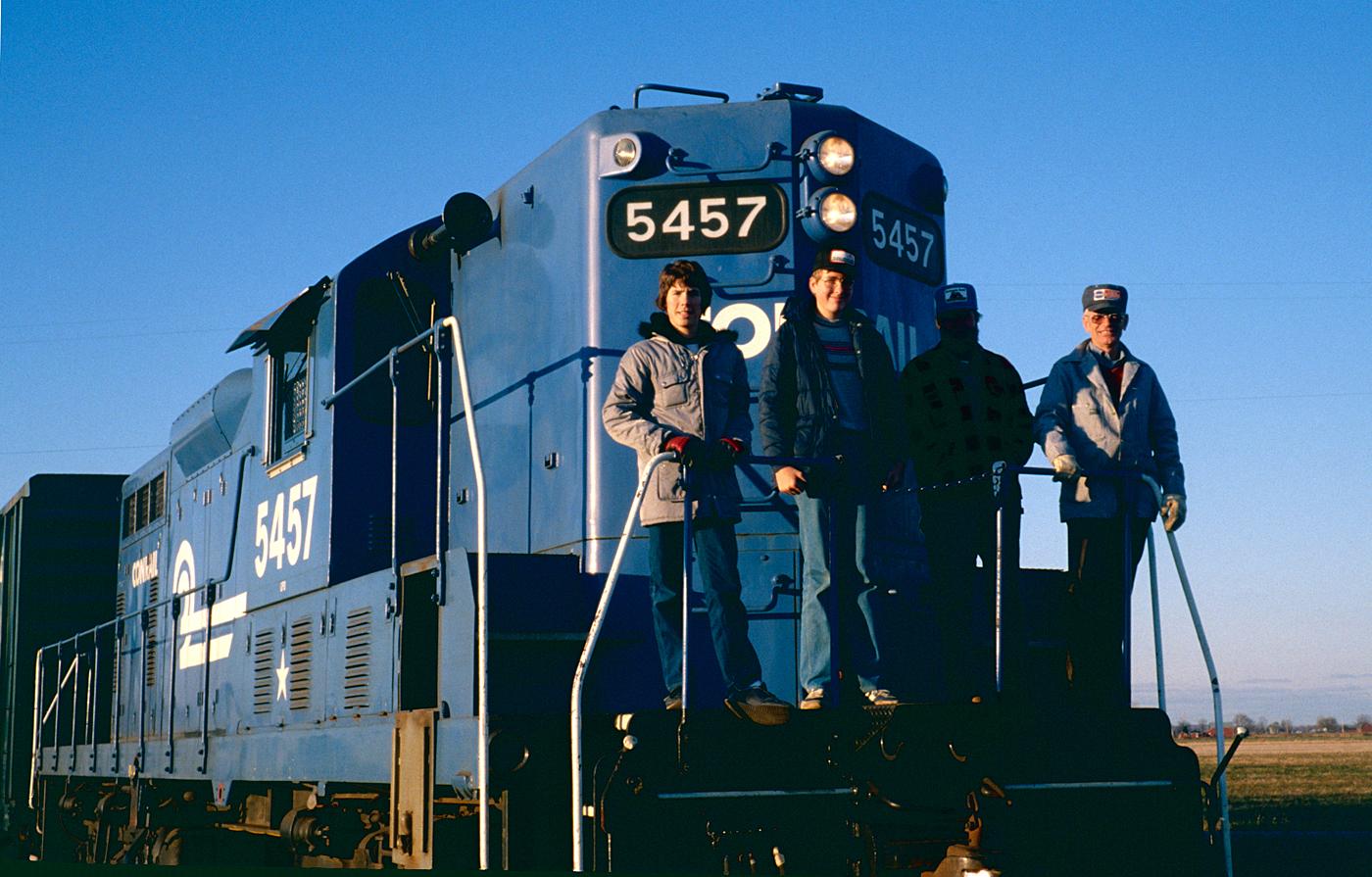 Conrail GP-8 #5457 at Palmyra, Michigan on 10 November 1980