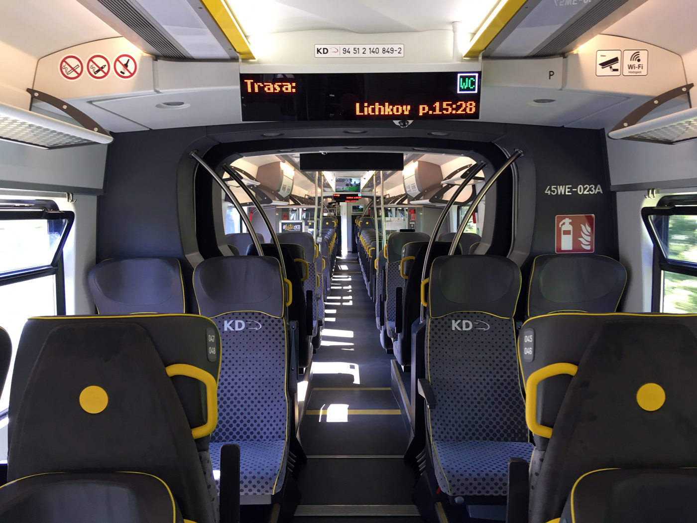 Interior arrangement of KD's Impuls EMU