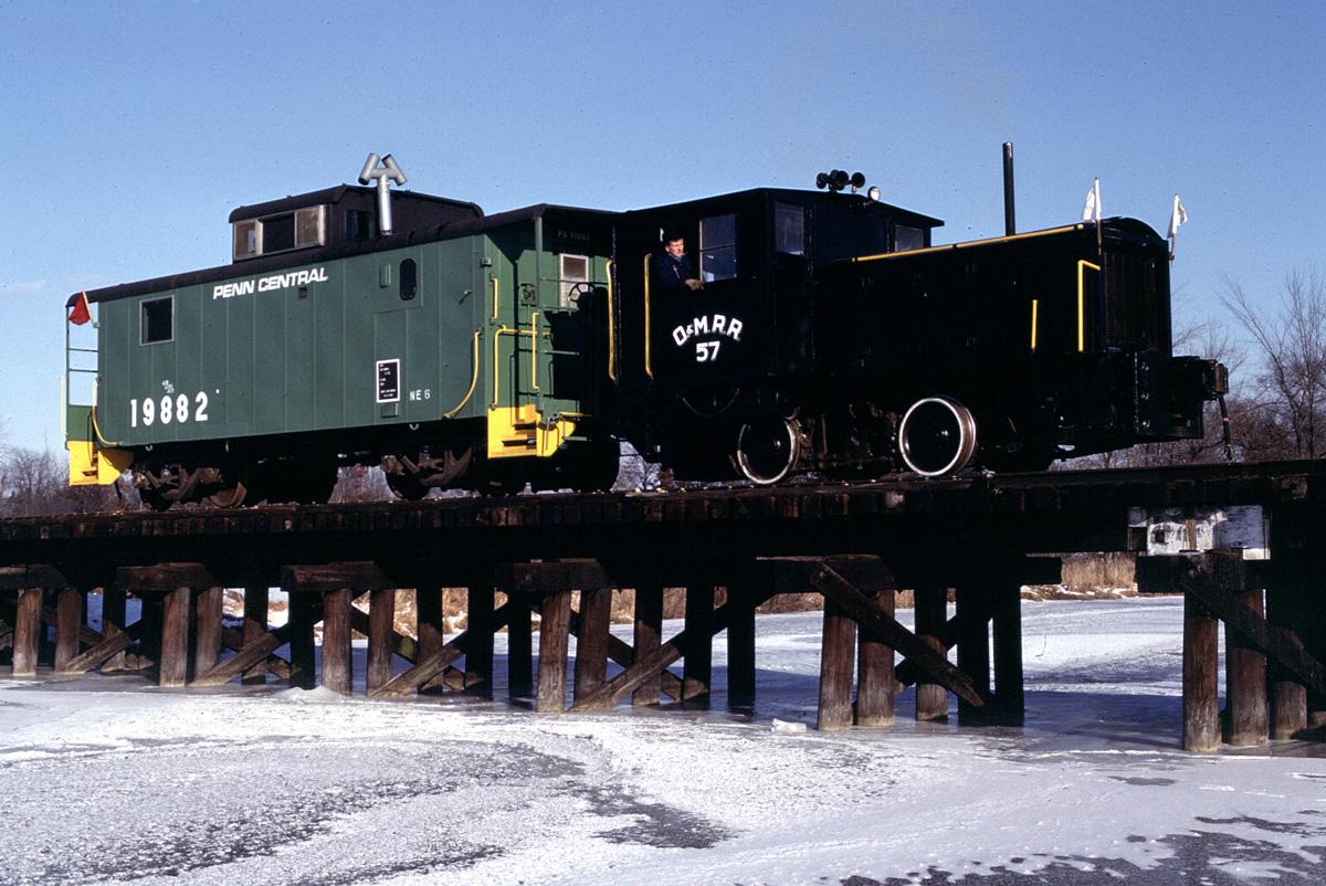 SMRS train in winter
