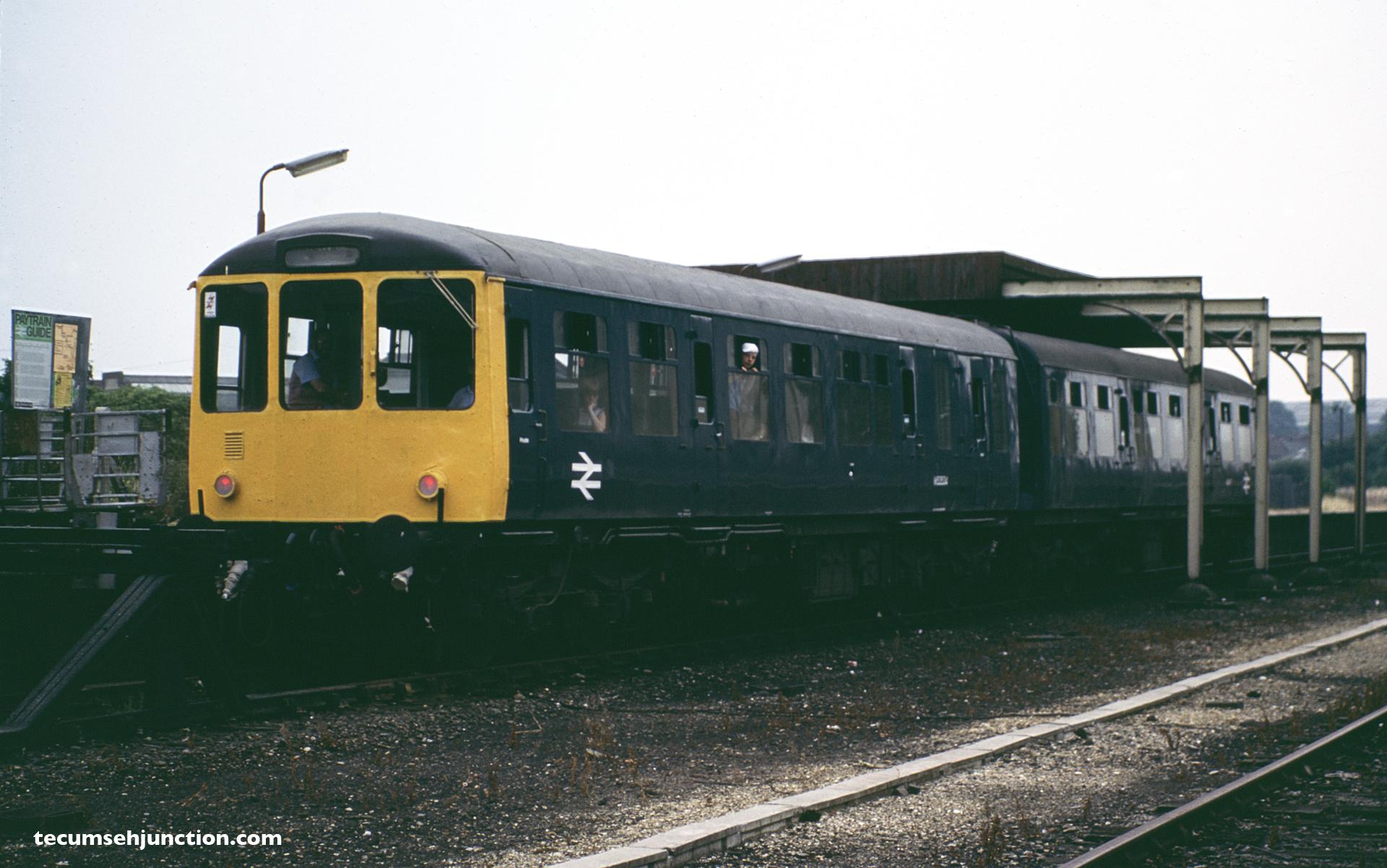 BR DMU at Bedford St Johns 07-26-1983