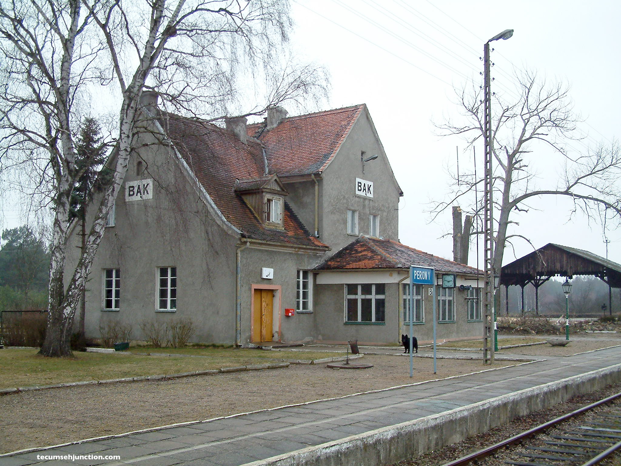 Bąk station with the covered loading shed