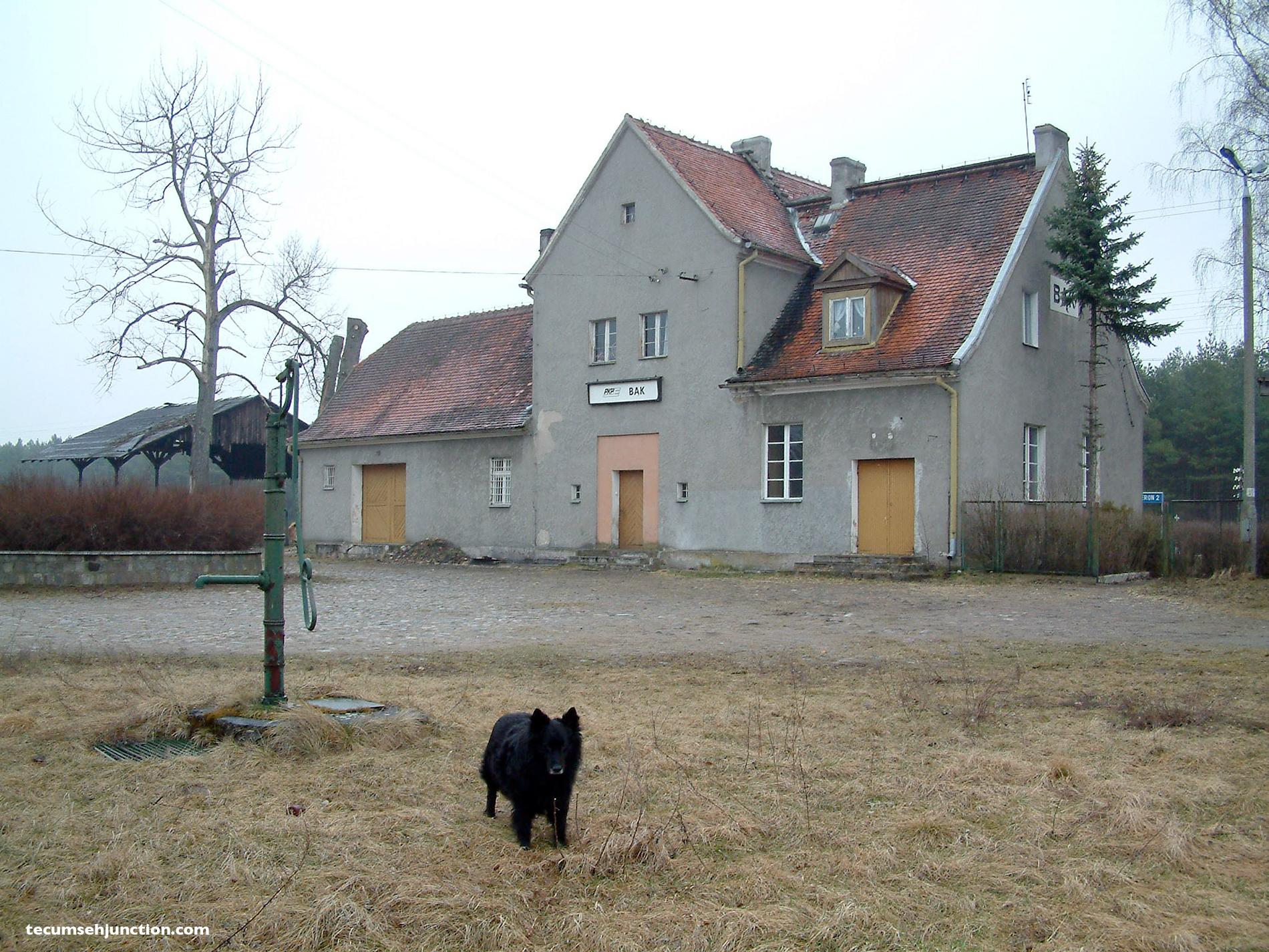 Bąk station