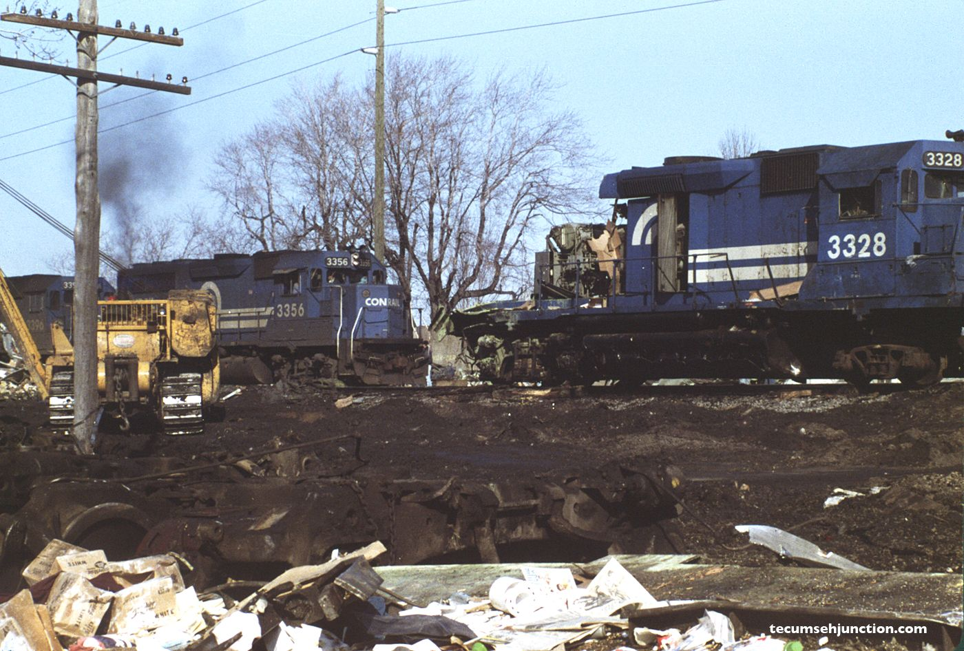 Conrail #3356 leads an eastbound train past the wreck site.